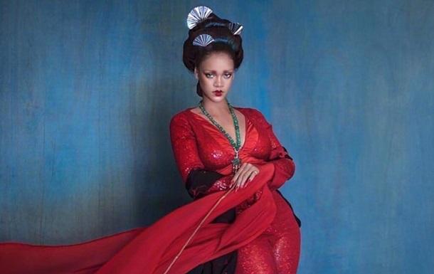 Рианна снялась для китайского Harper s Bazaar