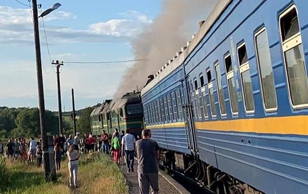 Пожар в поезде Ворохта-Кременчуг: пассажиры самостоятельно тушили огонь