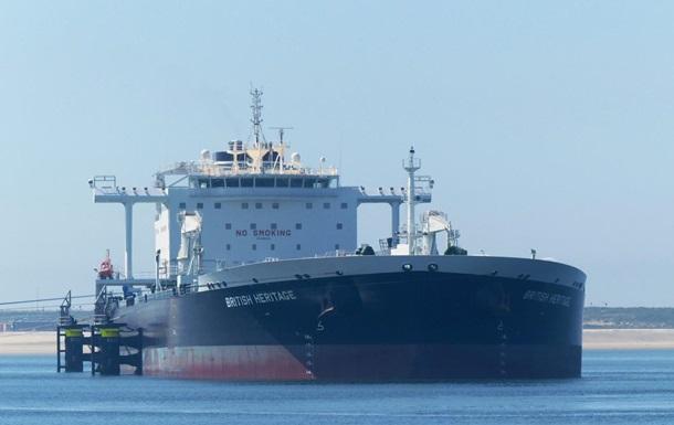 Иран отрицает причастность к попытке задержать британский танкер