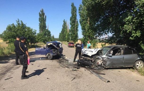 Под Николаевом 10-летний мальчик погиб в ДТП за рулем машины