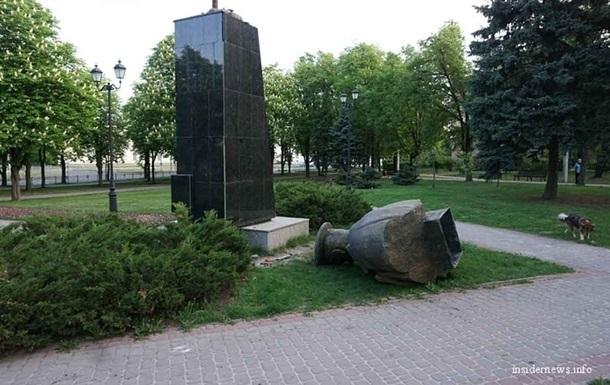 В Институте нацпамяти рассказали, почему памятник Жукову нужно снести
