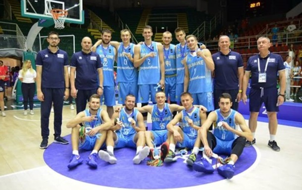 Збірна України з баскетболу програла США у фіналі Універсіади