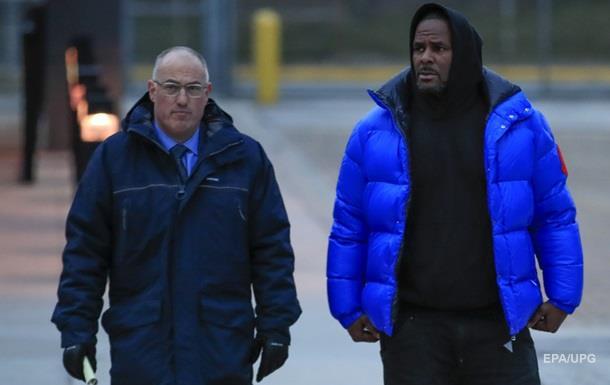 Певца R. Kelly арестовали за детскую порнографию