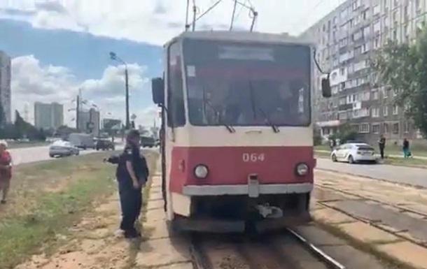 В Киеве у трамвая отказали тормоза