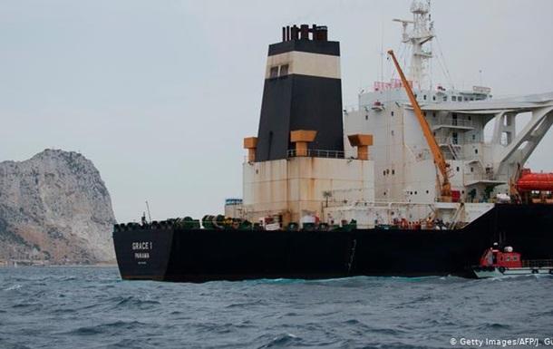 Затриманих членів екіпажу іранського танкера звільнили під заставу