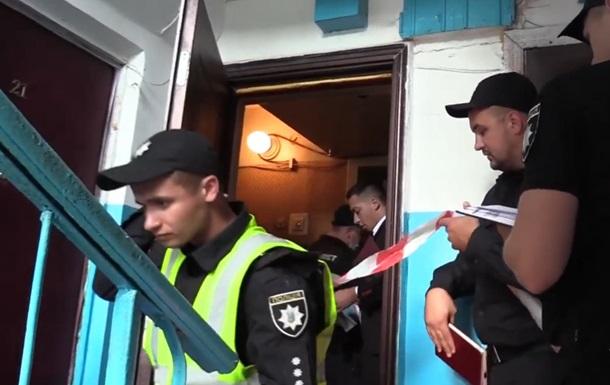 В Киеве мужчина зарезал жену на глазах у матери