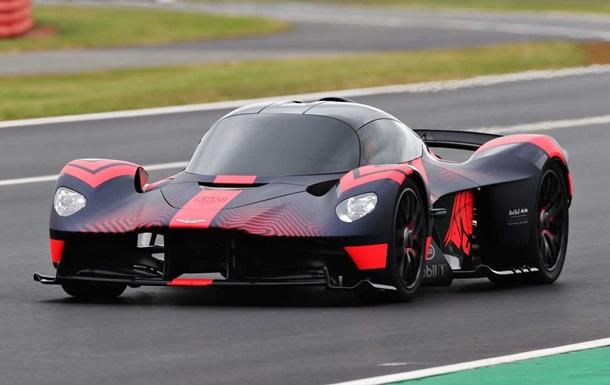 Aston Martin Valkyrie: photo