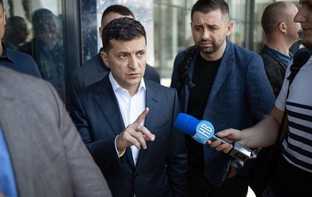 Зеленський запропонував експеримент для запуску аеропорту в Миколаєві