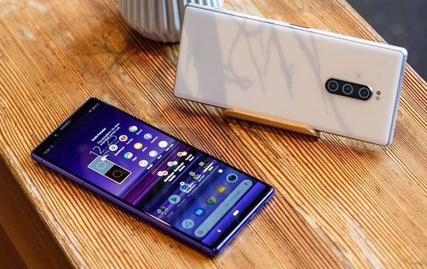 Sony готує смартфон з революційним 5K-екраном
