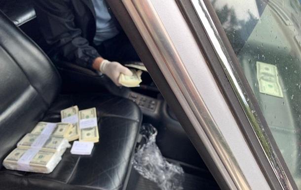 Голова РДА в Рівненській області вимагав хабар у $300 тисяч