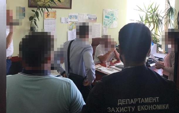 Бориспольских чиновников подозревают в  откатах