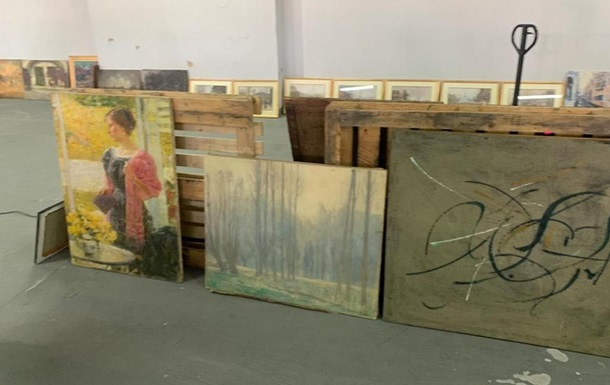 Майже 100 картин XIX століття виявили на митниці в Києві
