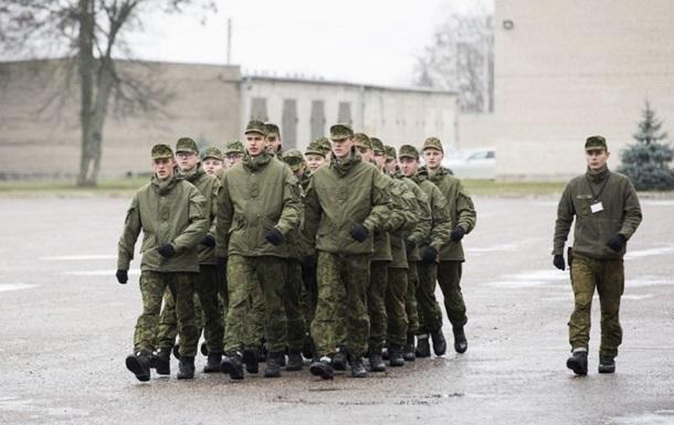 В Литве растет число уклонистов от армии
