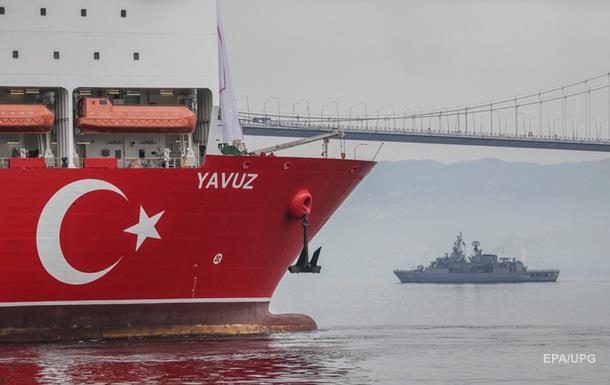 Турция усилила охрану кораблей в Средиземноморье