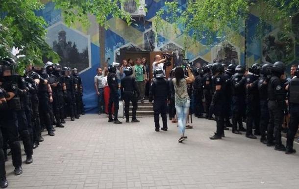 В Покровске возобновила работу комиссия округа №50