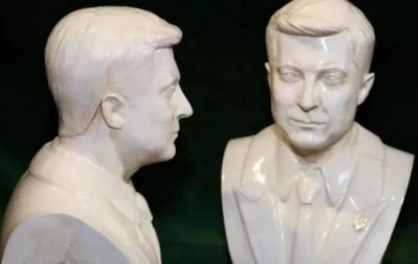 В Украине появились в продаже бюсты Зеленского