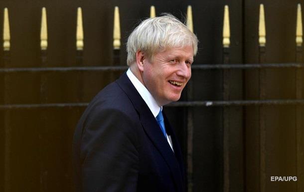 Королева Британії призначила Джонсона прем єром