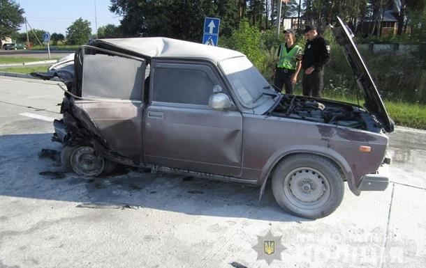 В Житомирской области после ДТП взорвалось авто, есть пострадавшие