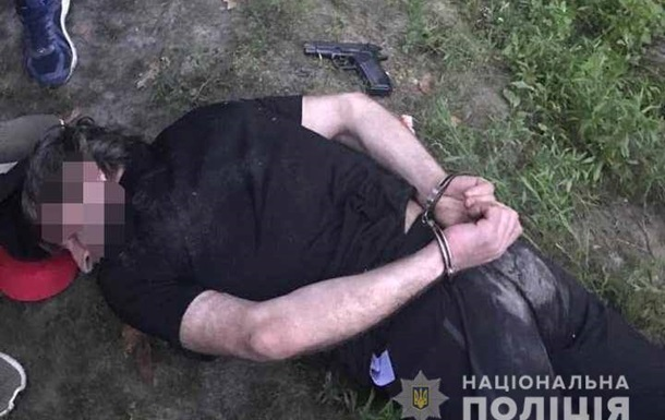 Под Киевом копы со стрельбой задержали банду грабителей