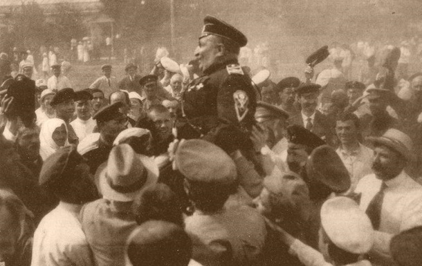 29 июля: «Полтава переходит от одних властей к другим в 12-й раз