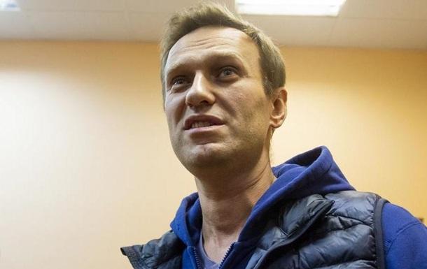 Лікарі не виключають отруєння Навального хімічною речовиною