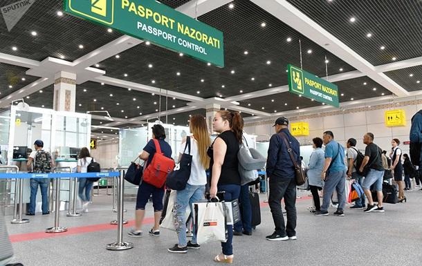 В аеропорту Ташкента затримали чоловіка з півкілограма золота в шлунку