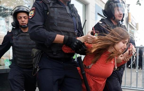 У РЄ розкритикували Москву за масові затримання на мітингу