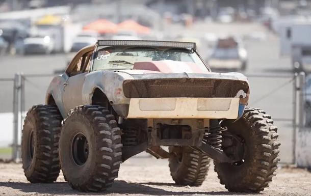 Из Hummer H1 и Chevrolet Camaro создали авто Безумного Макса