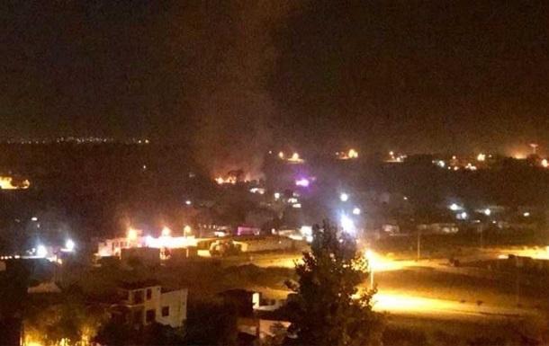 В Пакистане упал самолет, погибли 17 человек