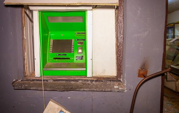 В Днепре взорвали банкомат и выкрали деньги