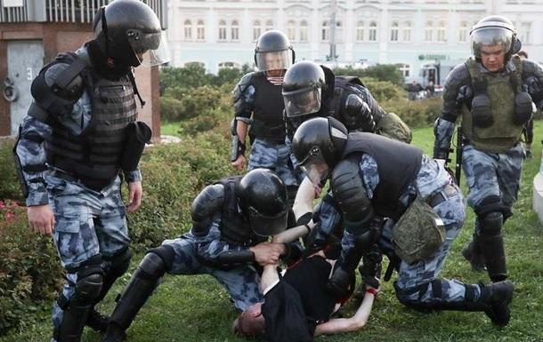 У Москві за добу заарештували 40 і оштрафували 79 учасників акції протесту