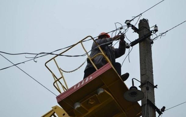 Ураган в Украине оставил без света десятки населенных пунктов