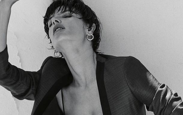 Алессандра Амбросио снялась в эффектной фотосессии