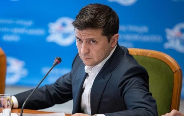 В Черкассах Зеленский возмутился тем, как людей допускали на встречу с ним