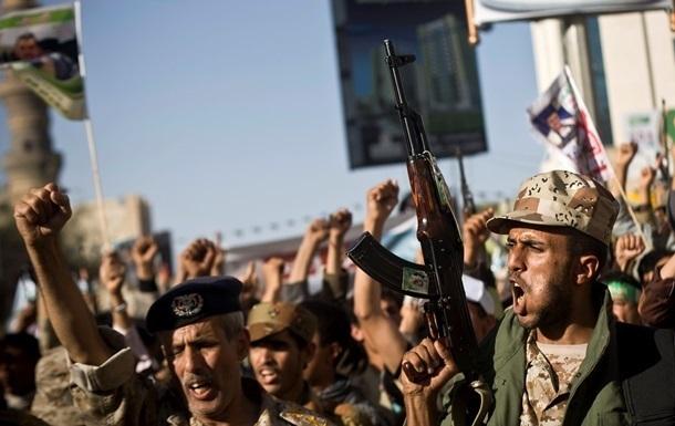 У Ємені п ятеро військових загинули внаслідок ракетного обстрілу хуситів - ЗМІ