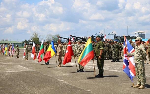 Небо над Тбілісі закрили через навчання НАТО