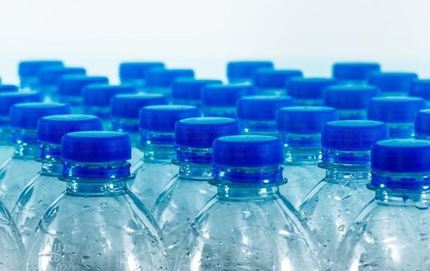 Аеропорт Сан-Франциско відмовився від пластикових пляшок