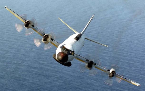 Американський літак провів розвідку біля узбережжя Криму