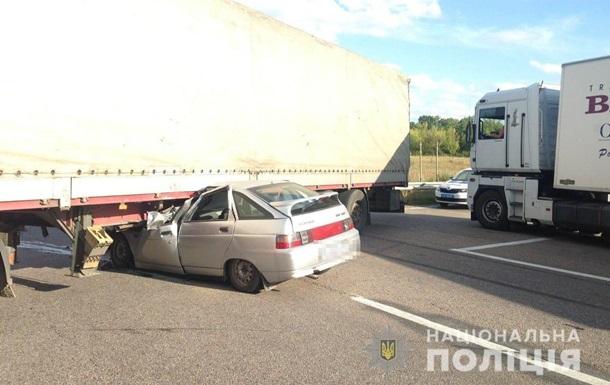 Смертельное ДТП под Харьковом: трое погибших