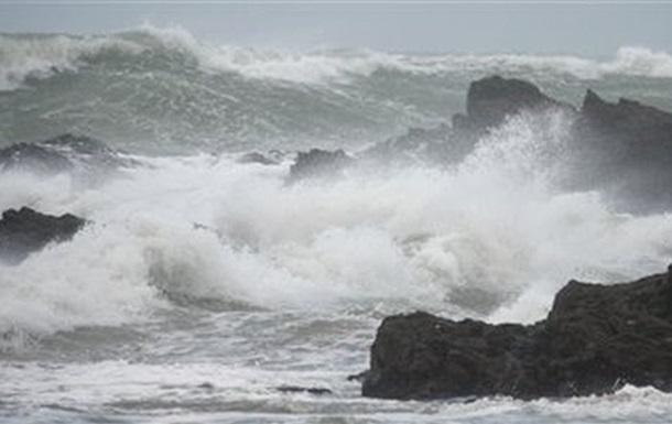 На Черном и Азовском морях ожидается шторм