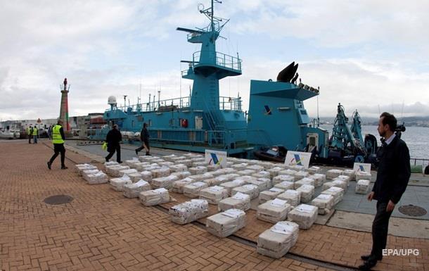 У Карибському морі перехопили корабель з великою партією кокаїну