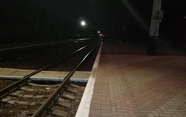 Поезд Лисичанск-Киев сбил пенсионерку в Харьковской области