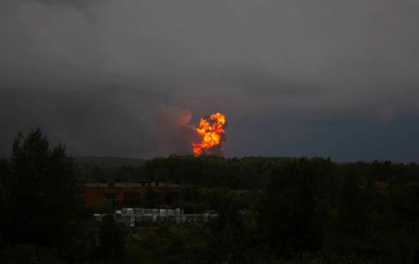 Вибухи на військових складах в Росії: постраждали 12 осіб