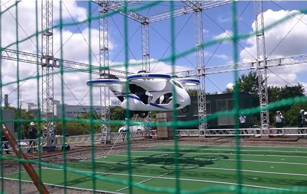 NEC представила прототип літаючого автомобіля