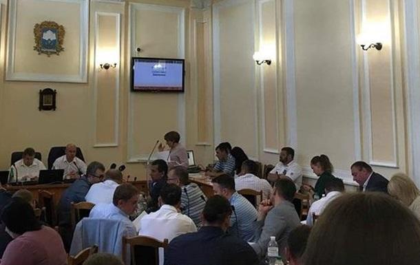 Сесія по-тернопільськи: земельна комісія без керівника, нові правила благоустрою