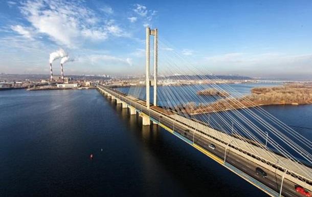 На Южном мосту в Киеве частично ограничат движение