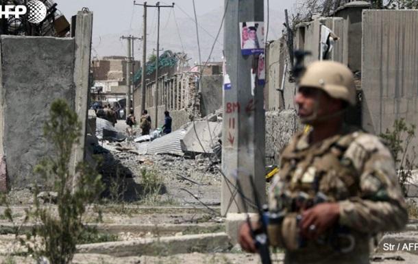 Мощный взрыв в Кабуле: число пострадавших растет
