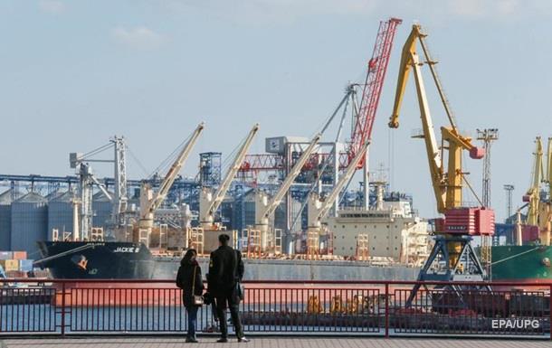 Торговля Украины с РФ остается. Пять лет санкций