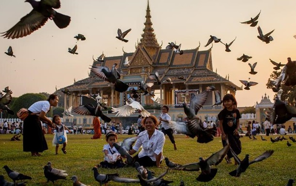 Камбоджа втратить лідерство у світі за кількістю святкових днів