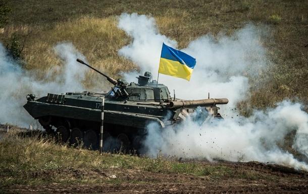 На Донбассе соревновались боевые экипажи БМП